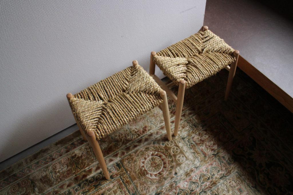 飛騨の木工職人に教わるスツール座編みワークショップ