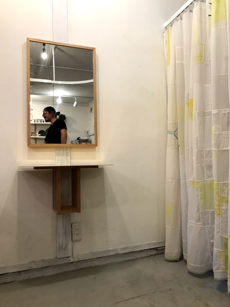壁付けカット台